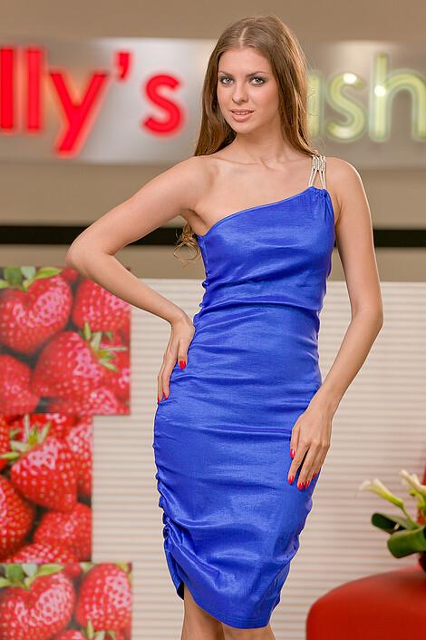 Платья за 2080 руб.