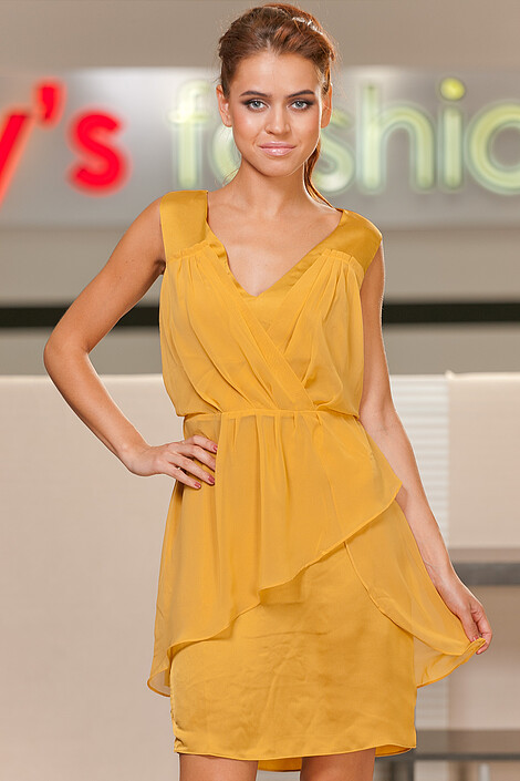 Платье за 560 руб.