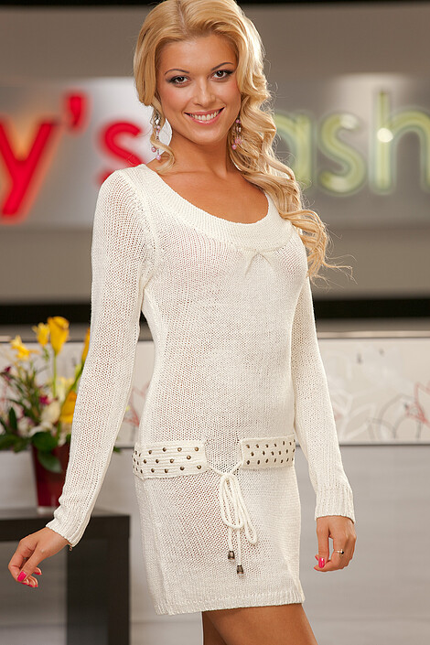 Платье за 3300 руб.