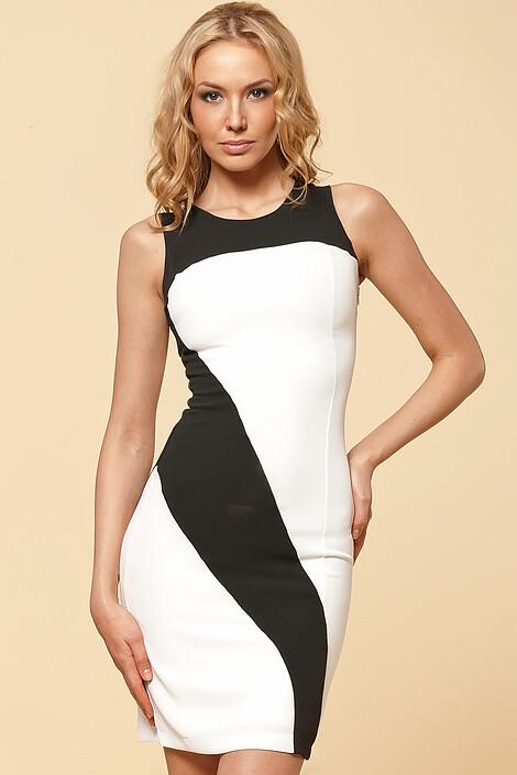Платье за 3904 руб.