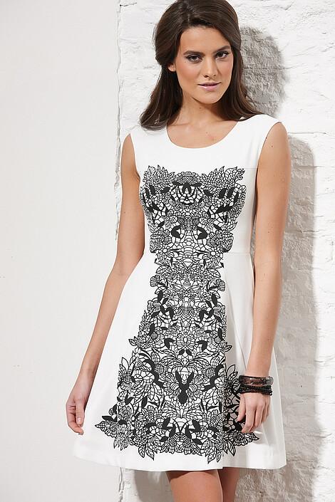 Платье за 3297 руб.