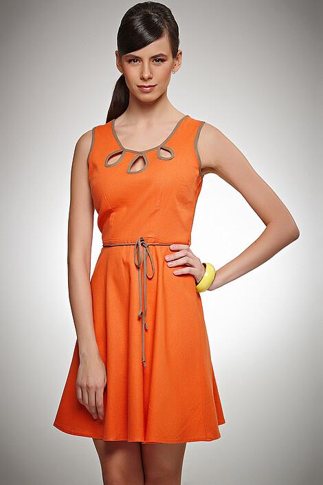 Платье за 1055 руб.