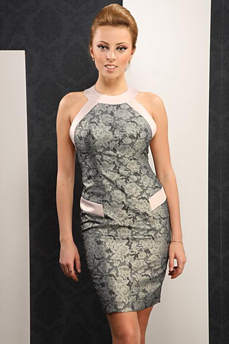 Платье за 5690 руб.