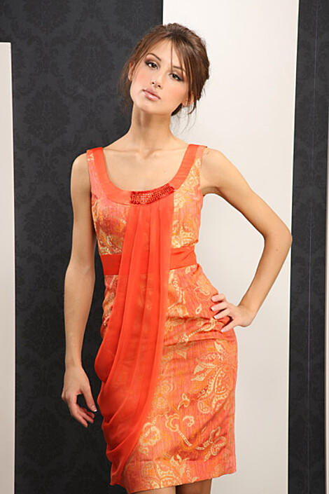 Платье за 6110 руб.
