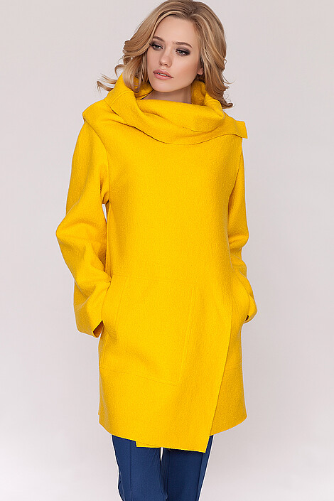 Пальто за 6400 руб.