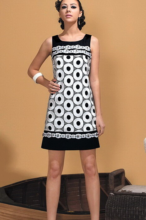 Платье за 8570 руб.