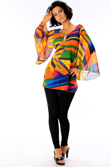 Блузка за 2020 руб.