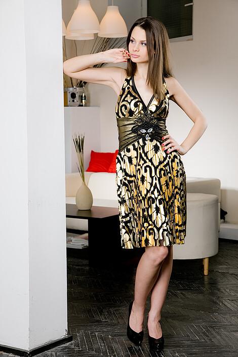 Платье за 3890 руб.