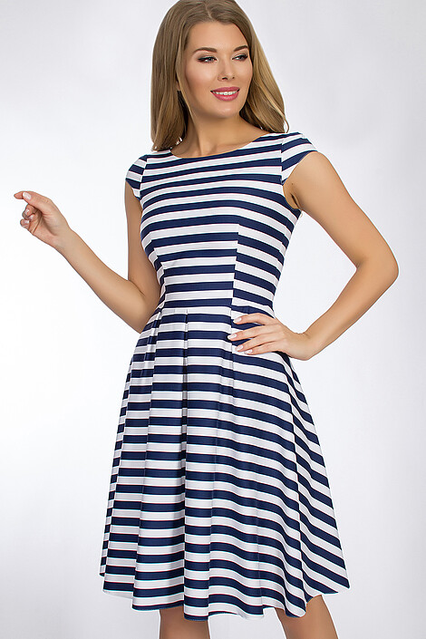 Платье за 6762 руб.