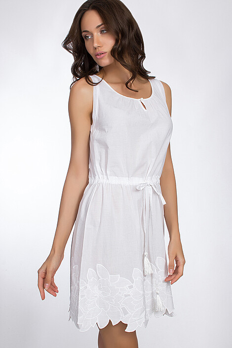 Платье за 3077 руб.