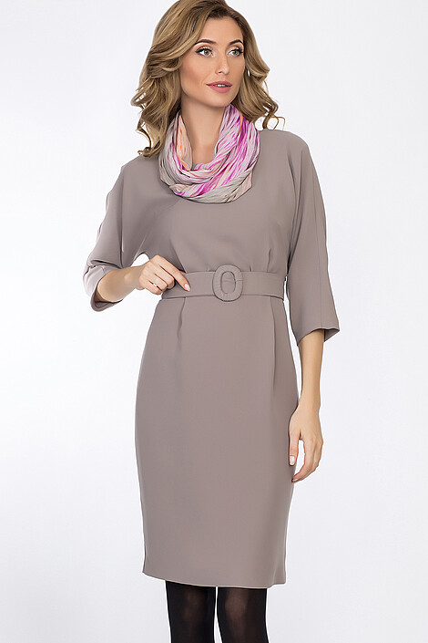 Платье за 2975 руб.
