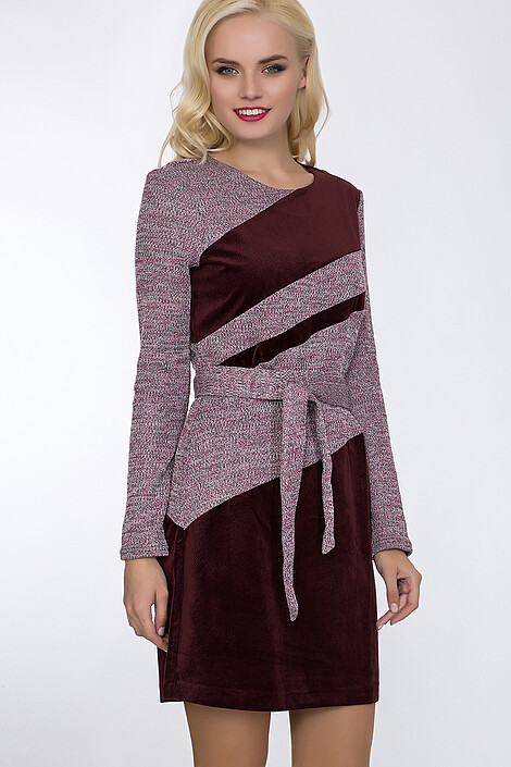 Платье за 4370 руб.