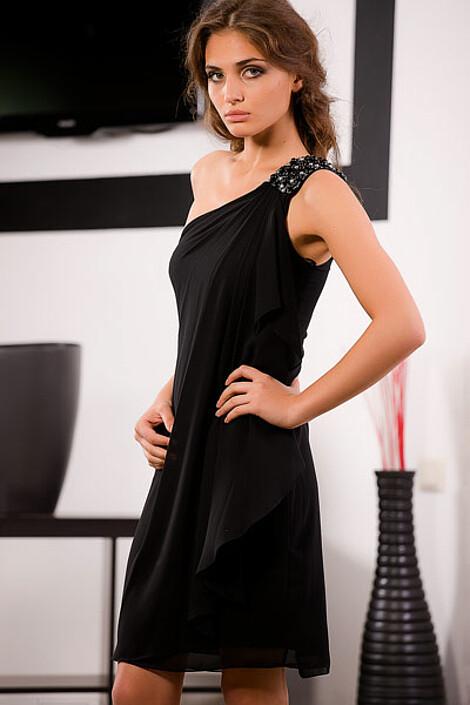 Платье за 3740 руб.