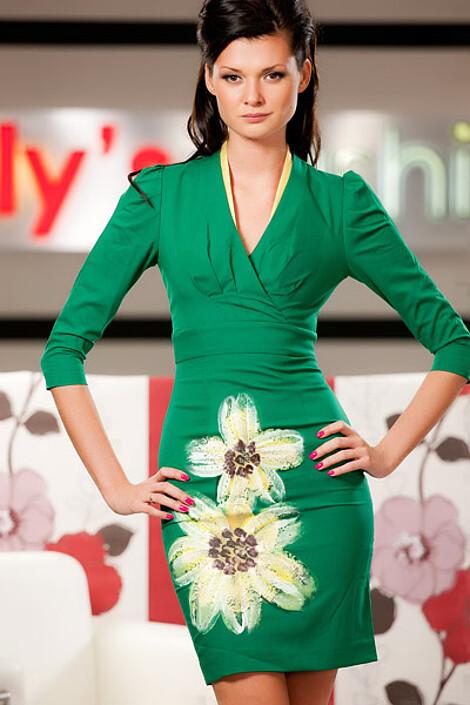 Платье за 7610 руб.