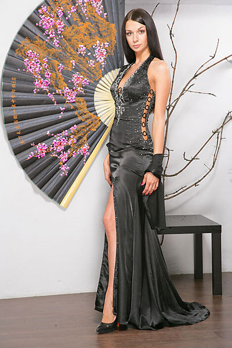 Платье за 8060 руб.