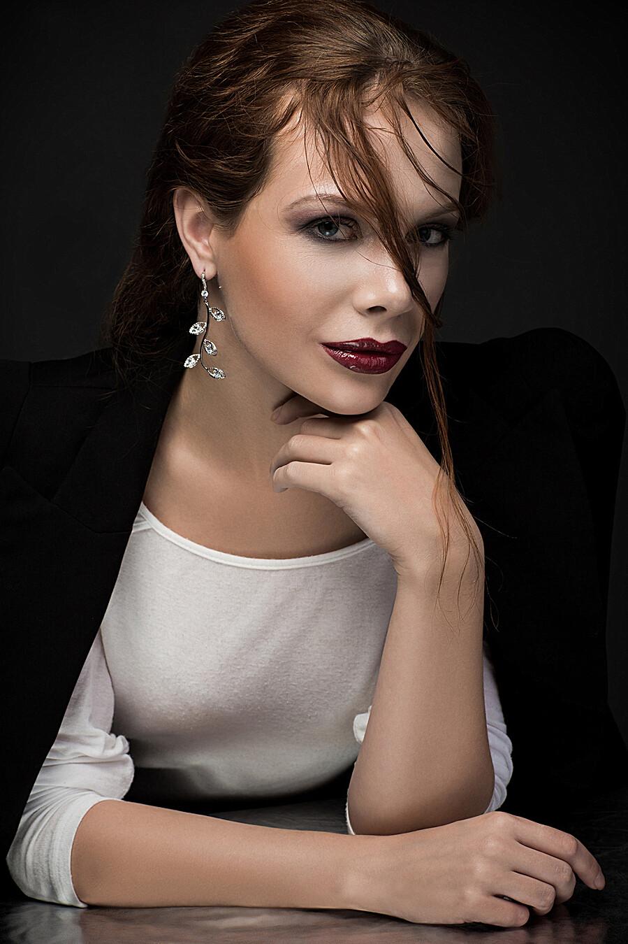Серьги Прекрасная незнакомка с камнями Nothing But Love (204918), купить в Moyo.moda