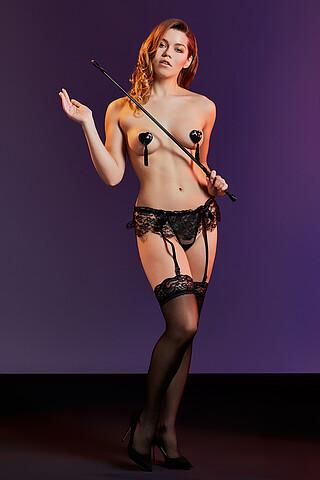 """Комплект белья """"Запретная страсть"""": трусики с подвязками и чулки LE CABARET"""